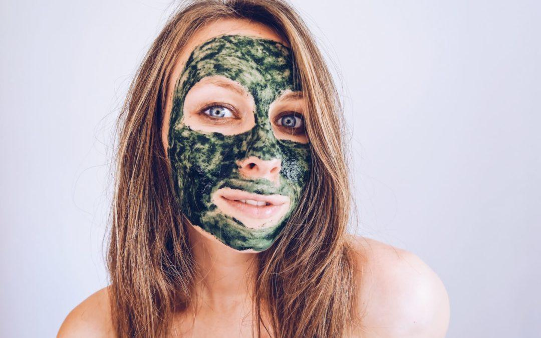 DIY Anti-Aging Algae Face Mask